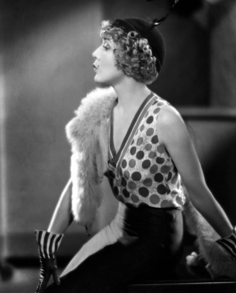 Mary PICKFORD (8 Avril 1892 / 29 Mai 1979) (photo sépia 1935)