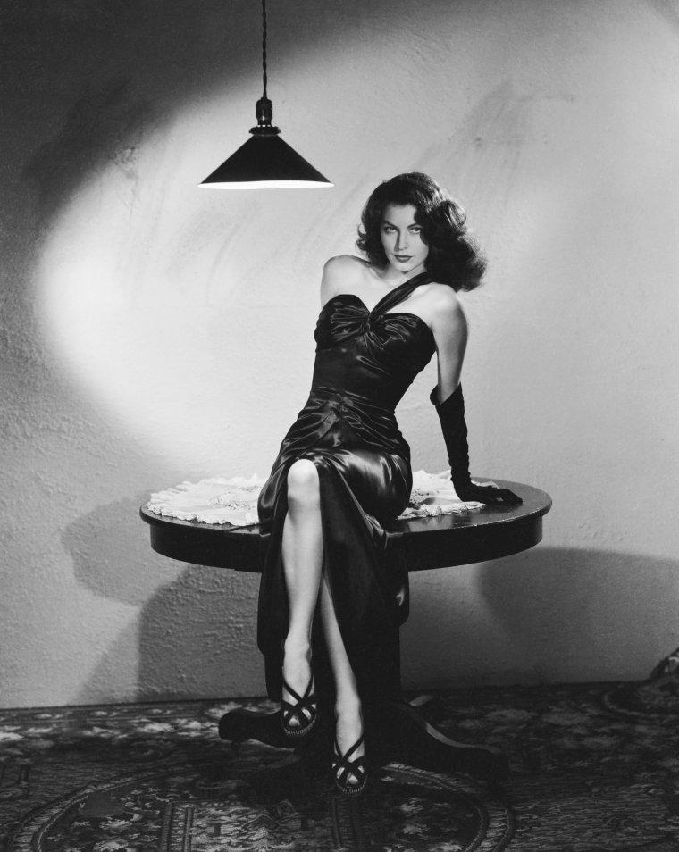 Ava GARDNER (24 Décembre 1922 / 25 Janvier 1990) (photo N.B. 1946)
