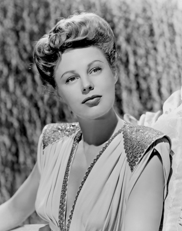 June ALLYSON (7 Octobre 1917 / 8 Juillet 2006) (photo N.B. 1944)