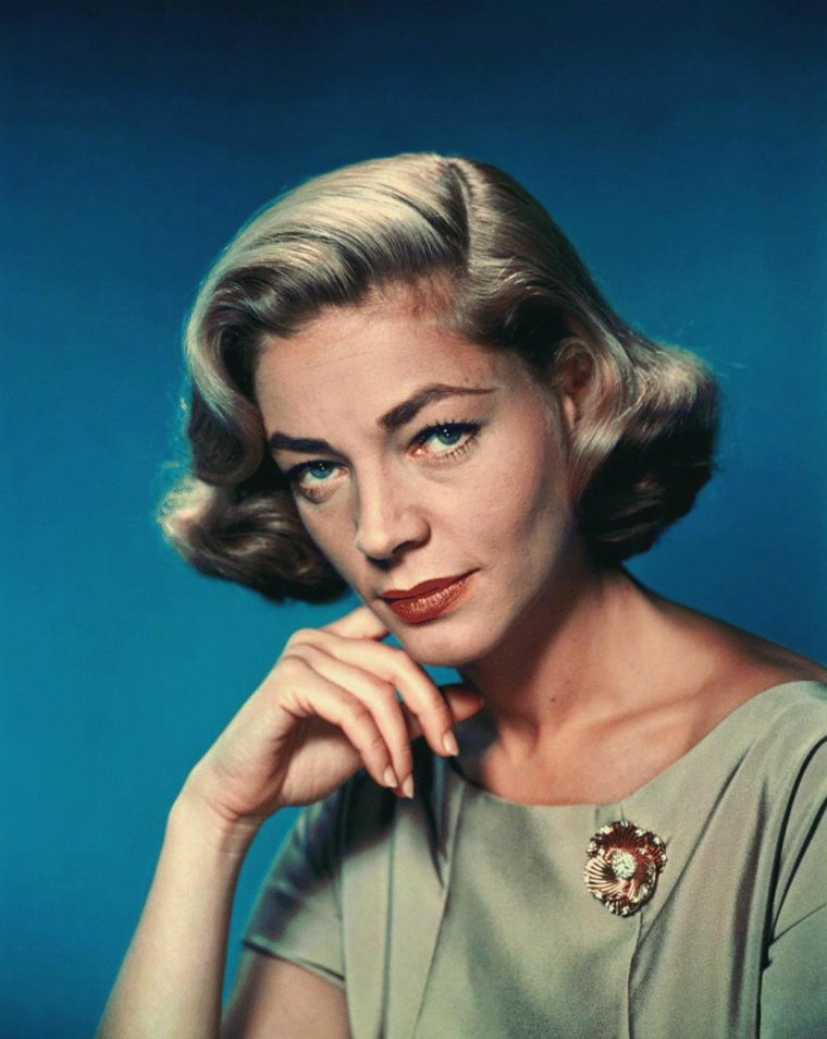 Lauren BACALL (16 Septembre 1924) (photo couleur 1958)