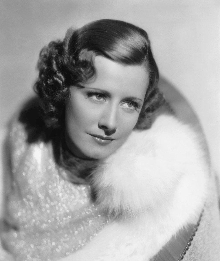 Irene DUNNE (20 Décembre 1898 / 4 Septembre 1990)