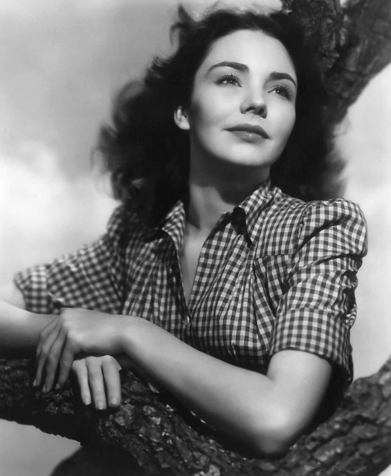 Jennifer JONES (2 Mars 1919 / 17 Décembre 2009)