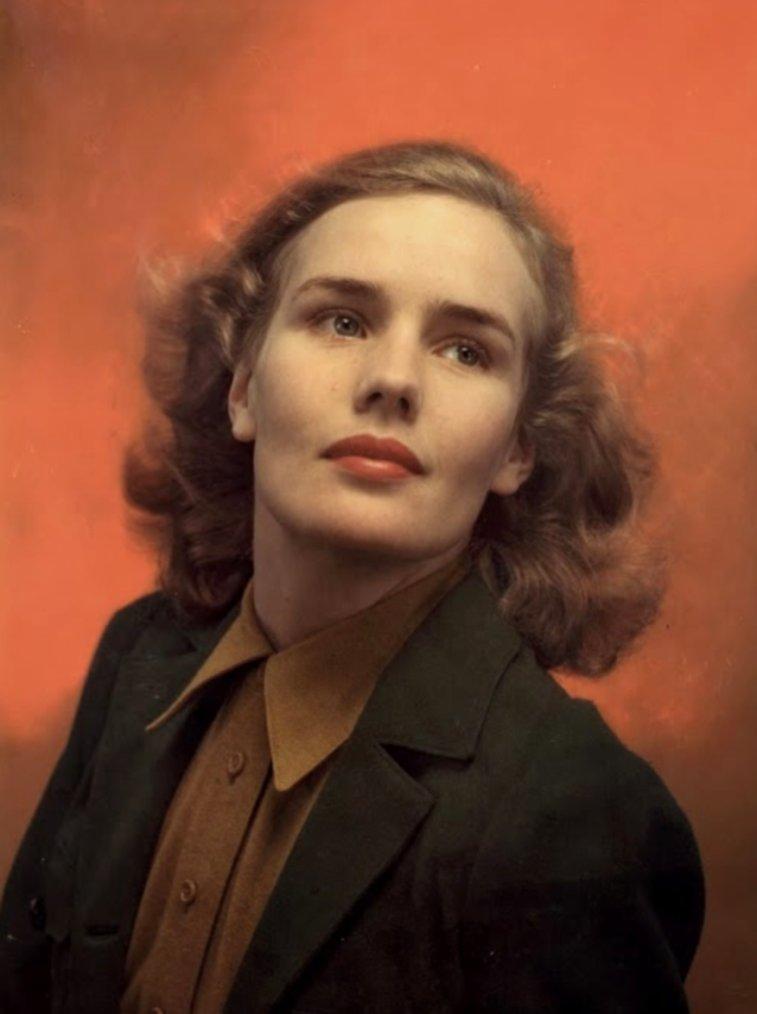 Frances FARMER (19 Septembre 1913 / 1er Août 1970) (photo couleur 1937)