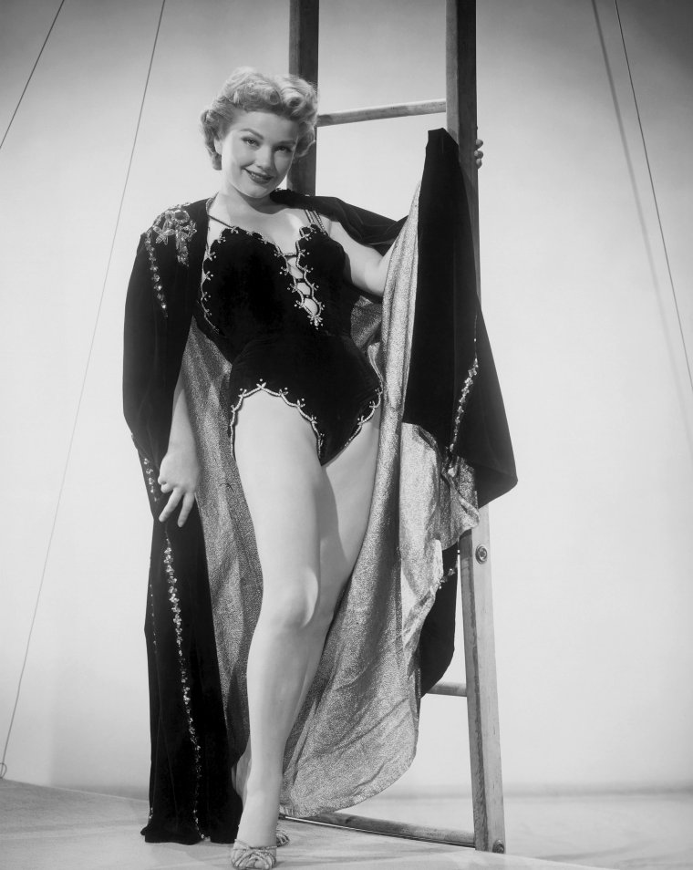 Anne BAXTER (7 Mai 1923 / 12 Décembre 1985) (photo N.B. 1954)