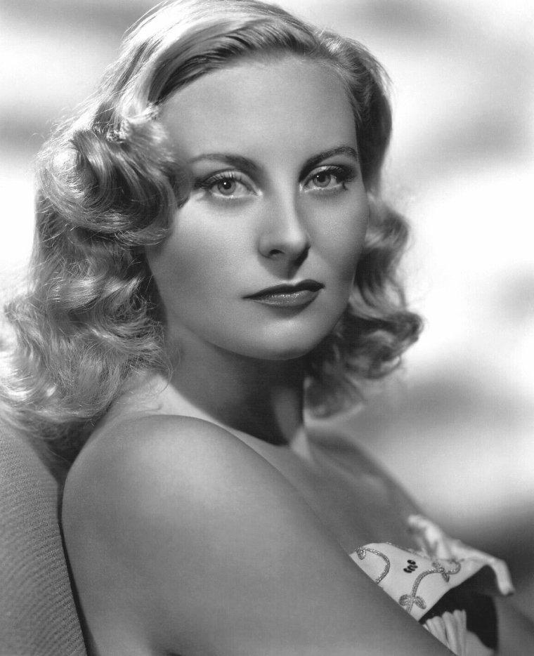 Michèle MORGAN (29 Février 1920) (photo couleur 1955)
