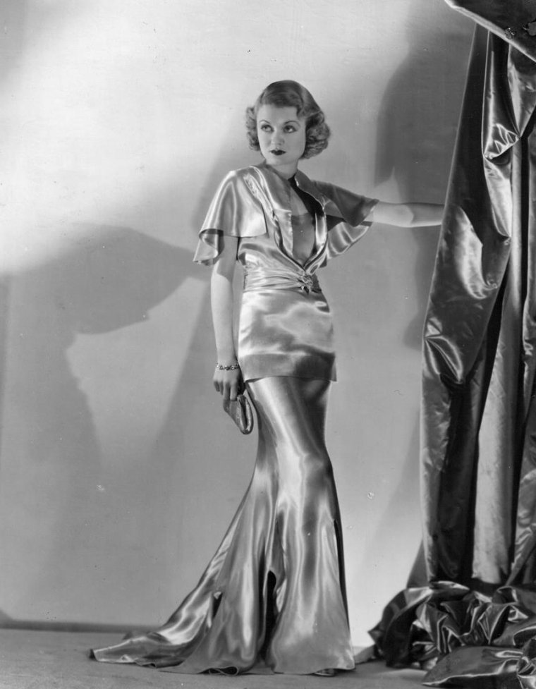 Constance BENNETT (22 Octobre 1904 / 24 Juillet 1965) (photo N.B. 1935)