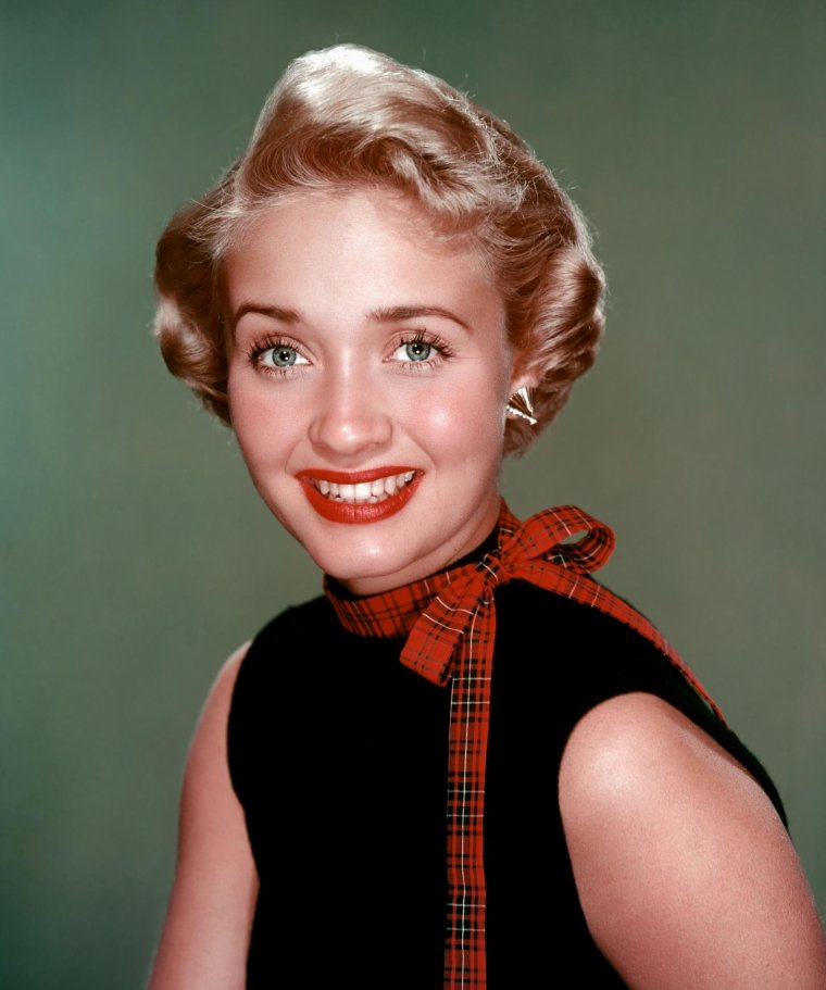 Jane POWELL (1er Avril 1929) (photo N.B. 1944)