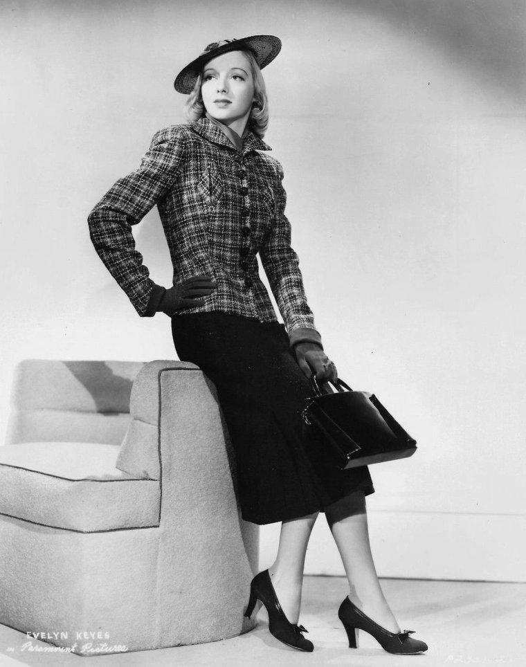 Evelyn KEYES (20 Novembre 1916 / 4 Juillet 2008) (photo N.B. 1938)