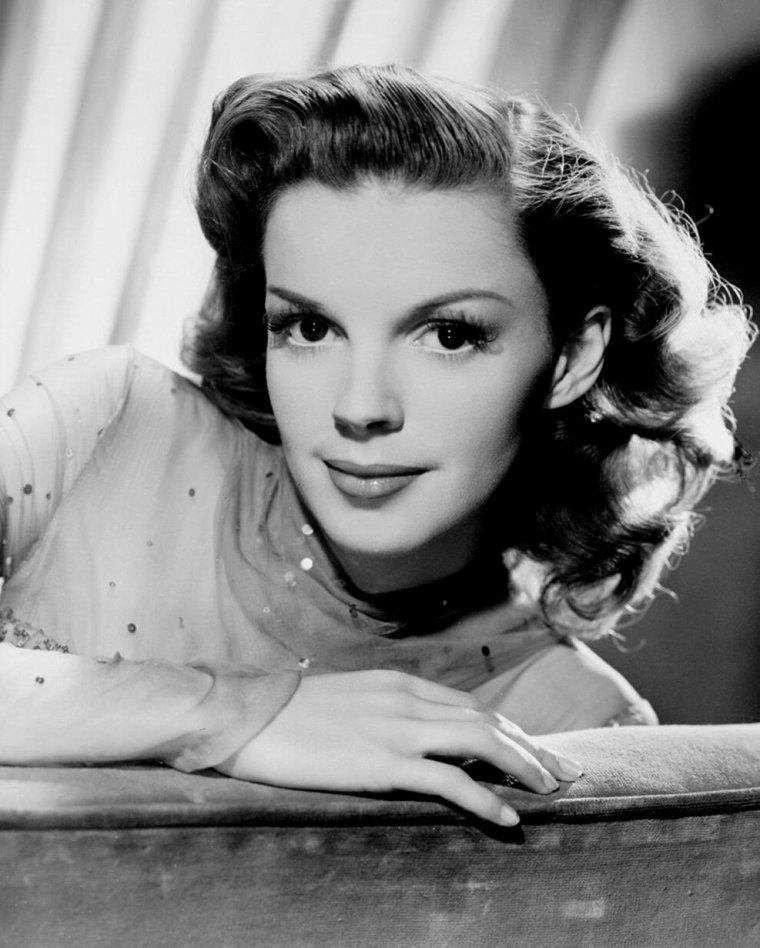 Judy GARLAND (10 Juin 1922 / 22 Juin 1969)