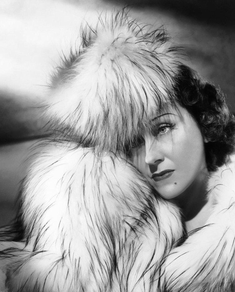 Gloria SWANSON (27 Mars 1899 / 4 Avril 1983)