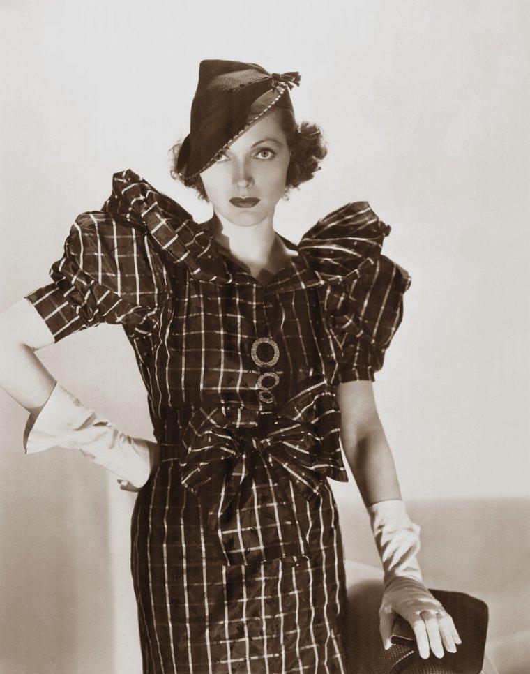 Adrienne AMES (3 Août 1907 / 31 Mai 1947) (photo sépia 1935)