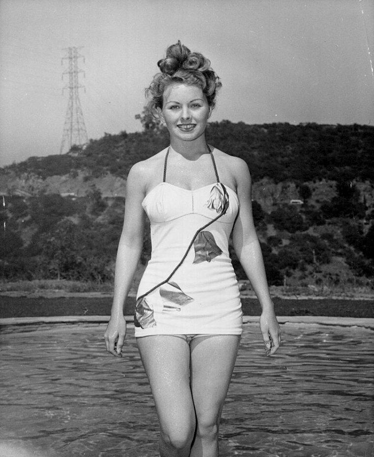 Jeanne CRAIN (25 Mai 1925 / 14 Décembre 2003) (photo N.B. 1948)