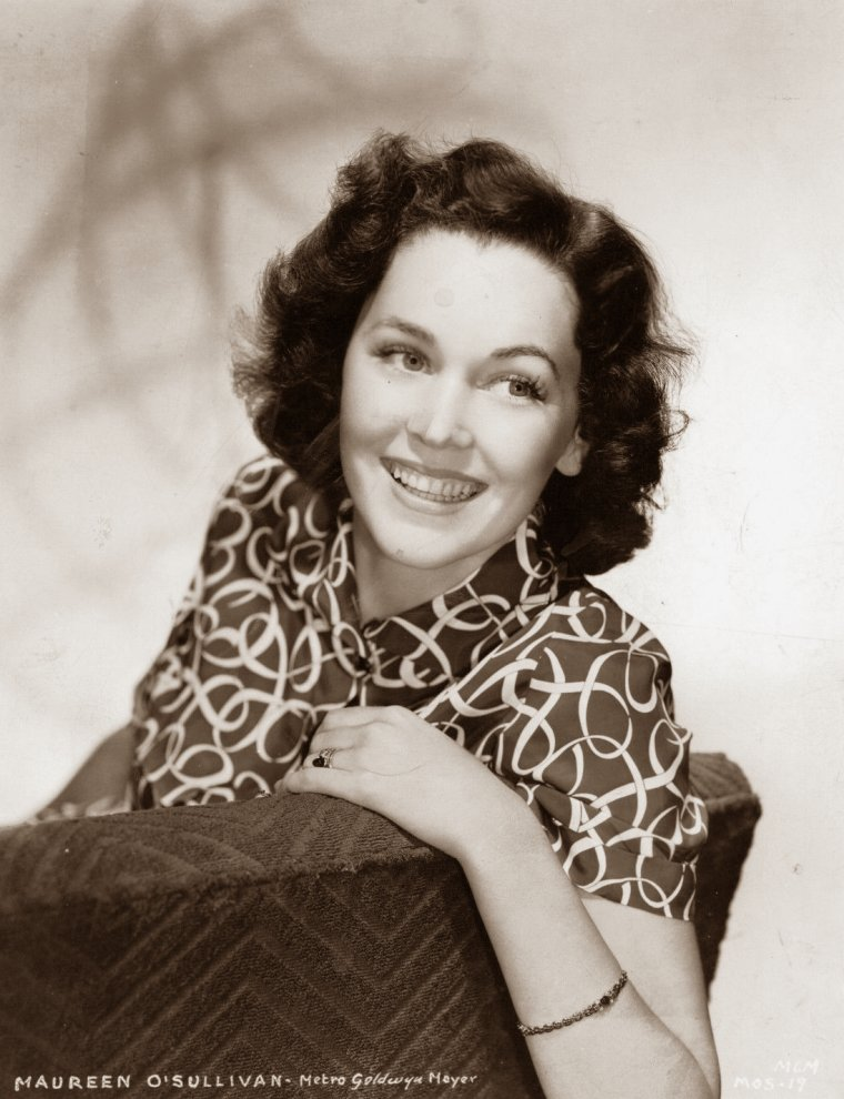 Maureen O'SULLIVAN (17 Mai 1911 / 23 Juin 1998) (photo sépia 1938)