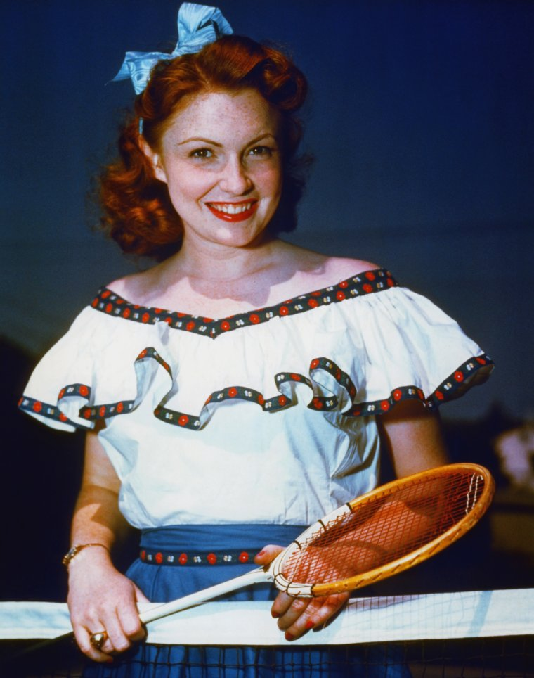 Joan LESLIE (26 Janvier 1925) (photo N.B. 1947)