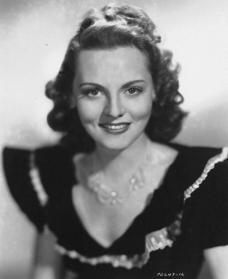 Jeanne CAGNEY parfois créditée Jean CAGNEY (25 Mars 1919 / 7 Décembre 1984) (photo sépia 1948)