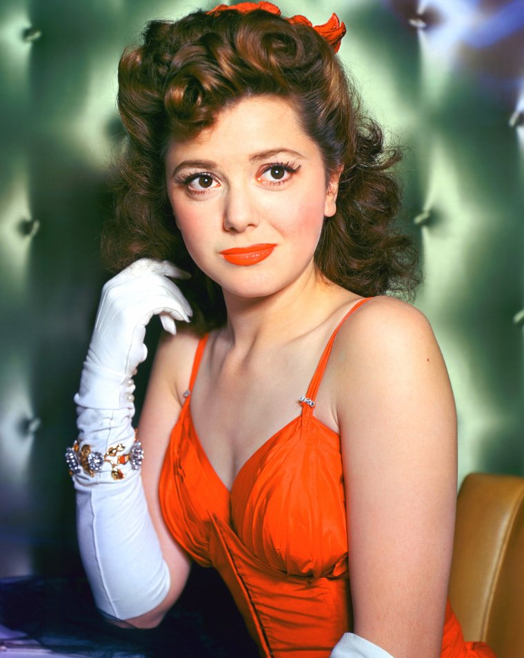 Ann RUTHERFORD (2 Novembre 1917 / 11 Juin 2012) (photo N.B. 1944)