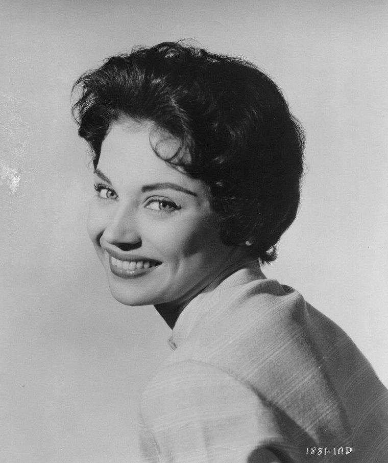 Andra MARTIN (15 Juillet 1935) (photo sépia 1952)