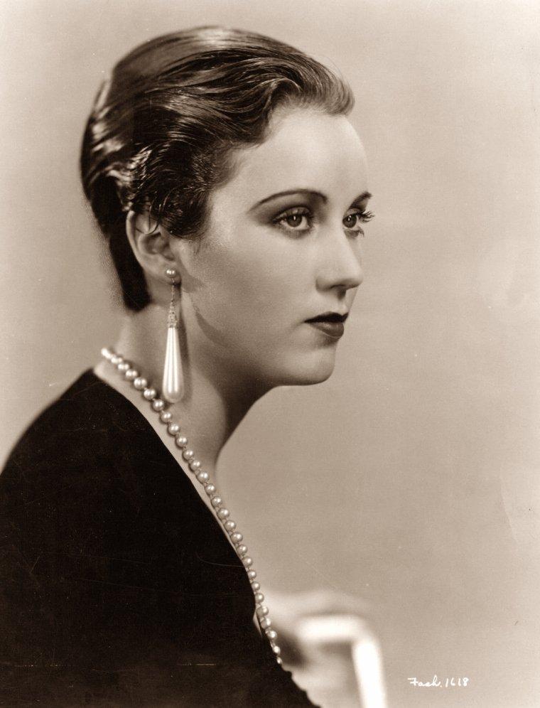 Fay WRAY (15 Septembre 1907 / 8 Août 2004) (photo N.B. 1935)