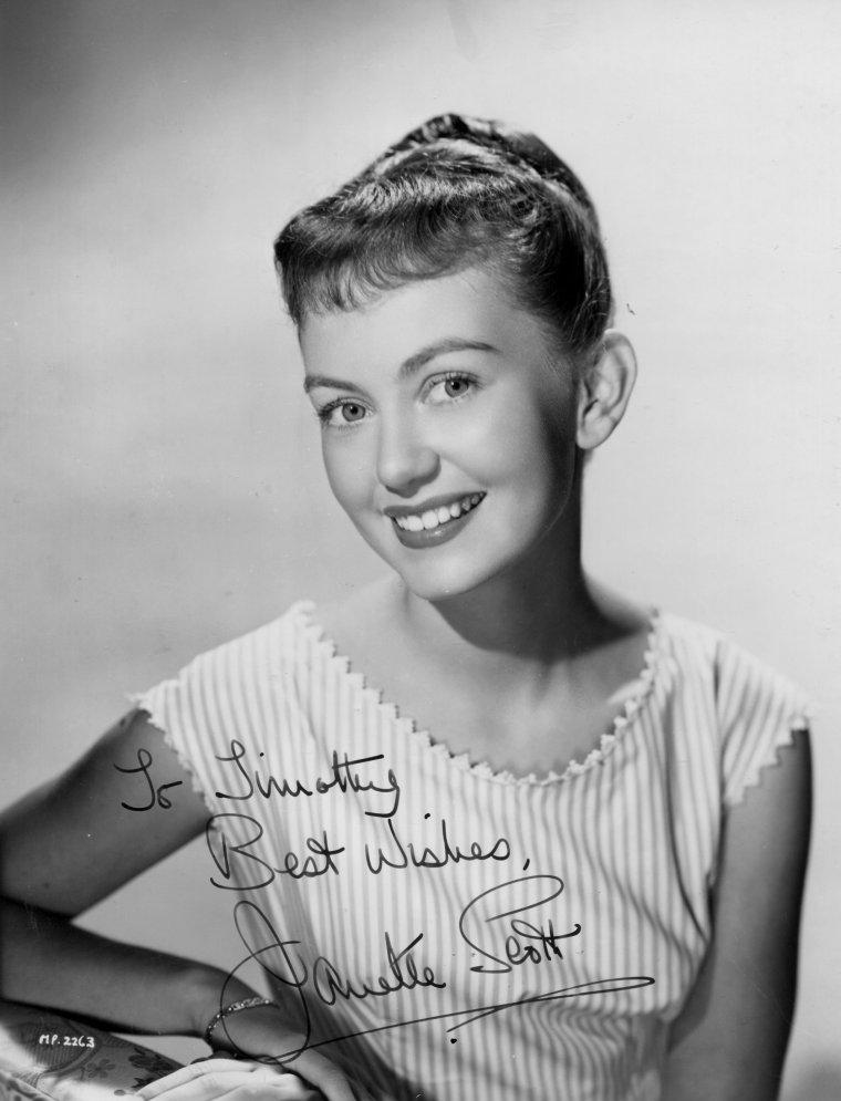 Janette SCOTT (14 Décembre 1938) (photo couleur 1956)