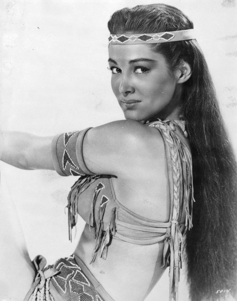 Joan TAYLOR (18 Août 1929 / 4 Mars 2012)