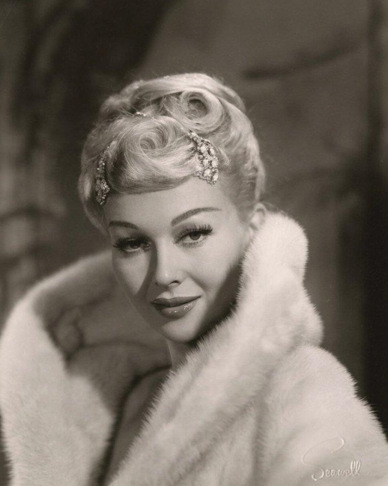 Greta THYSSEN (30 Mars 1933)