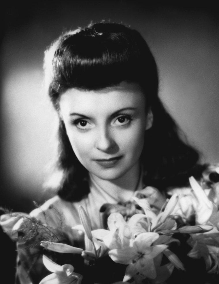 Odette JOYEUX (5 Décembre 1914 / 26 Août 2000)