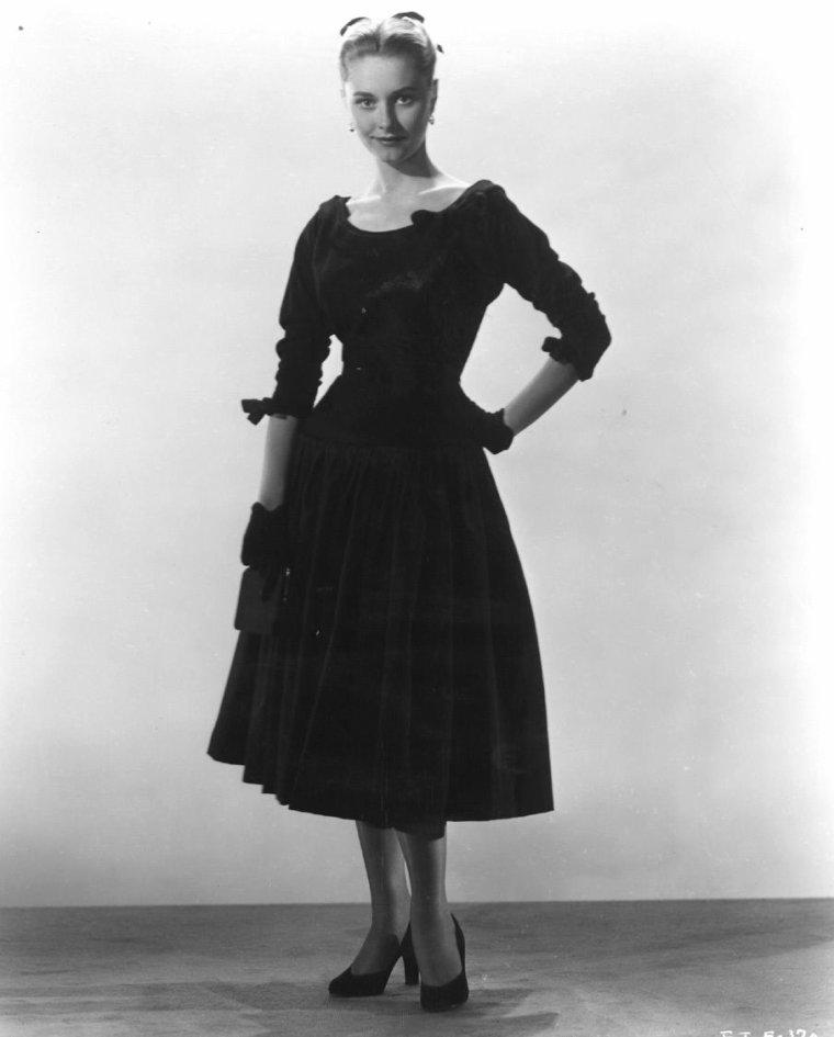 Eleanor TODD (16 Novembre 1931)