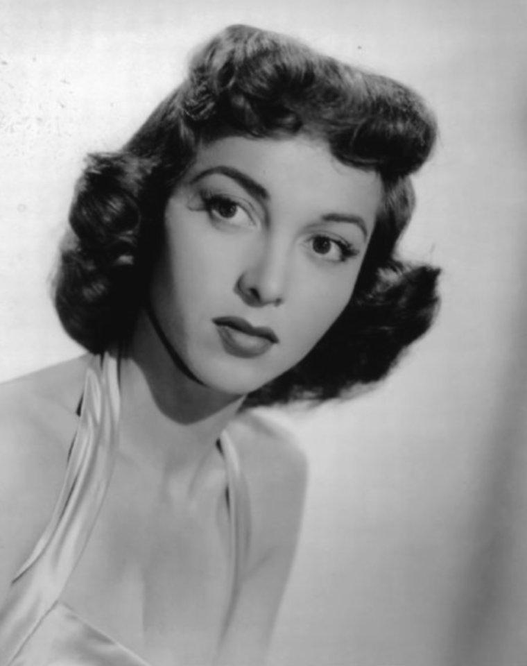 Beverly GARLAND (17 Octobre 1926 / 5 Décembre 2008)