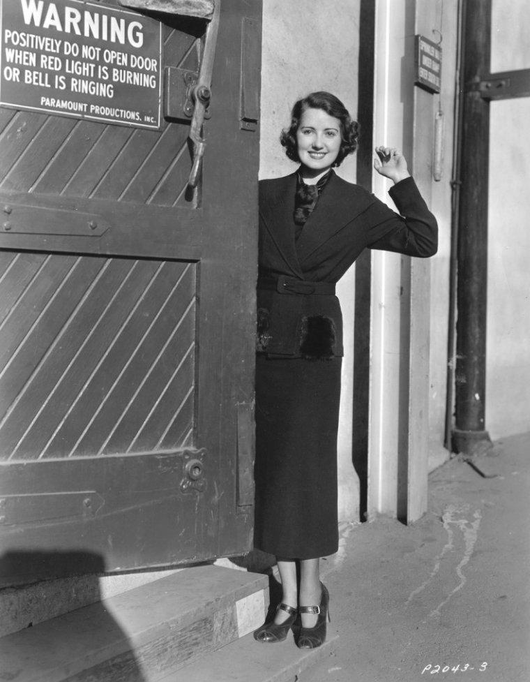 Irene BENNETT (9 Octobre 1919)
