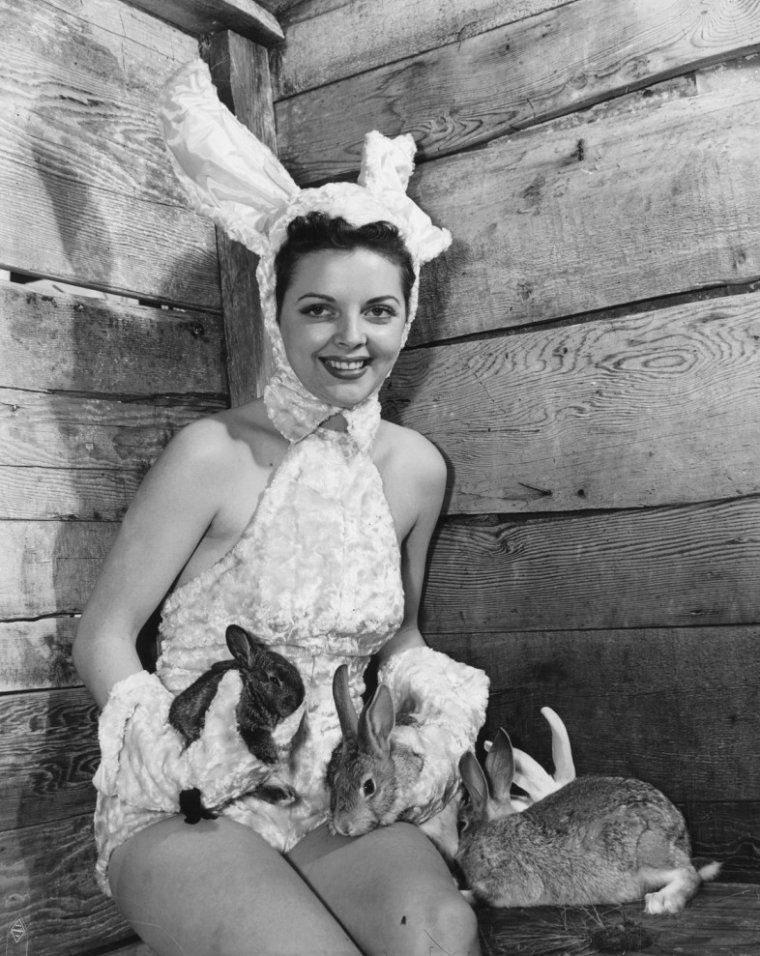 Juanita STARK (10 Juin 1921 / 2002) (photo couleur 1947)