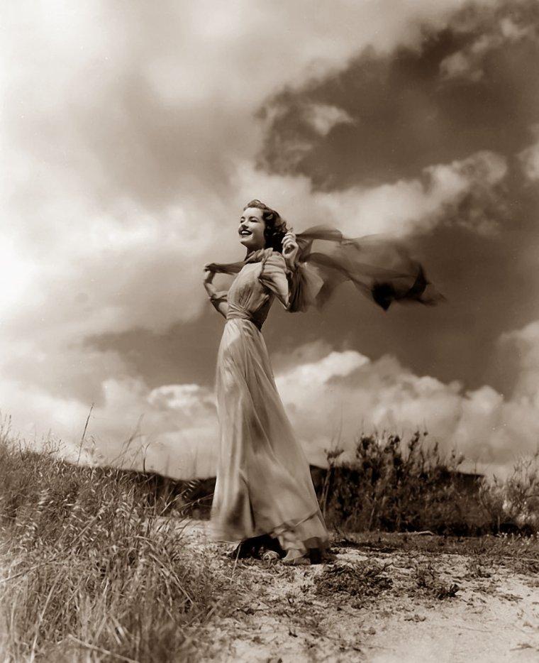 Marsha HUNT (17 Octobre 1917) (photo N.B. 1936)