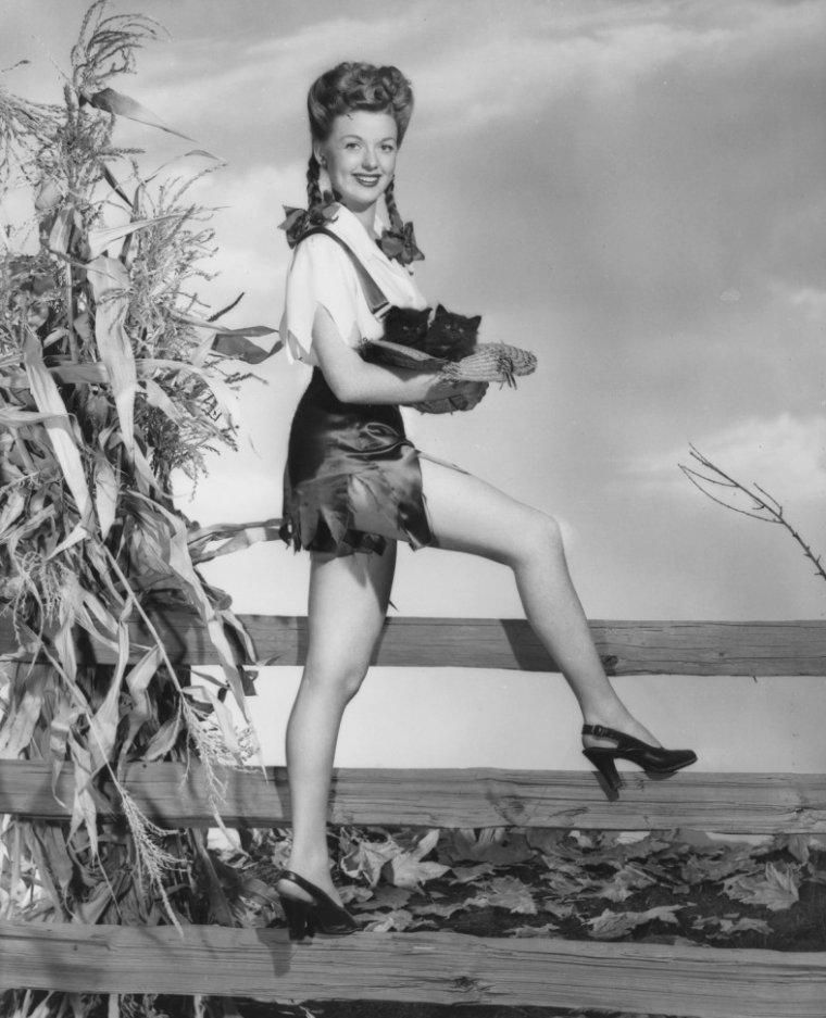 Martha STEWART (7 Octobre 1922 / 25 Février 2012)