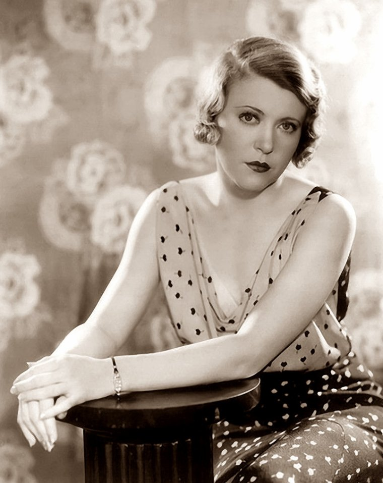 Ruth CHATTERTON (24 Décembre 1892 / 24 Novembre 1961) (photo N.B. 1930)