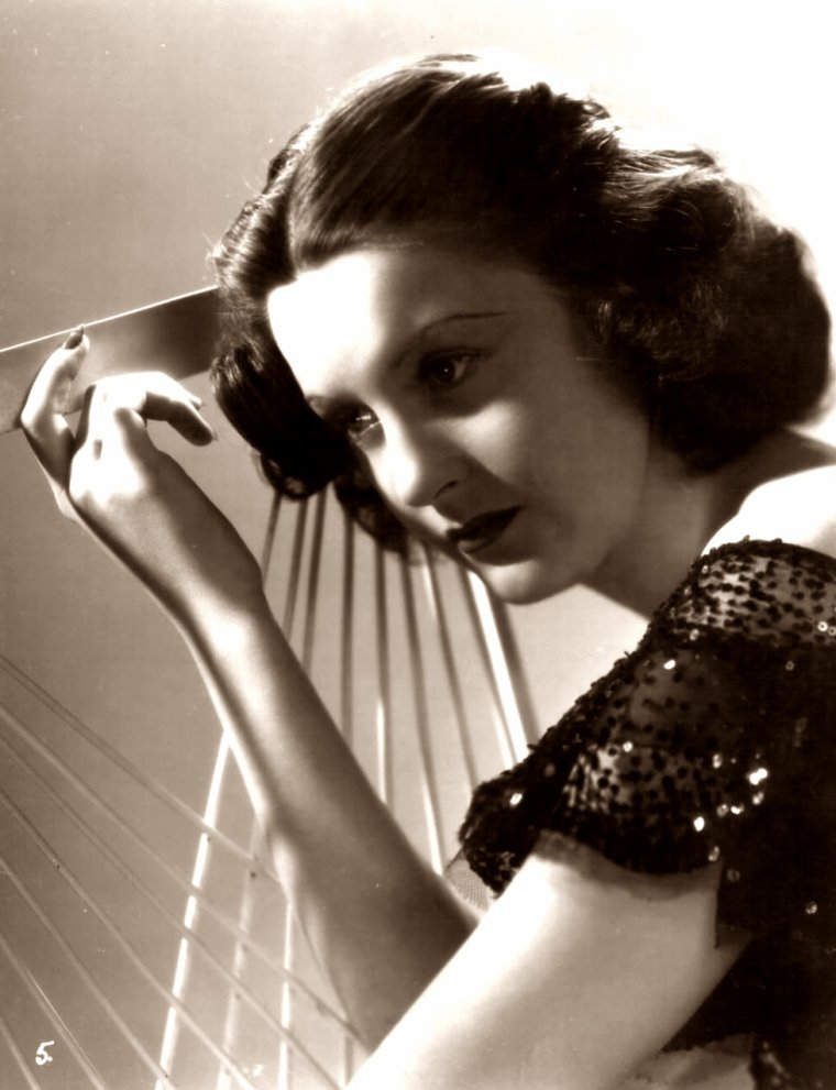 Donrue LEIGHTON (? / ?) (photo N.B. 1936)