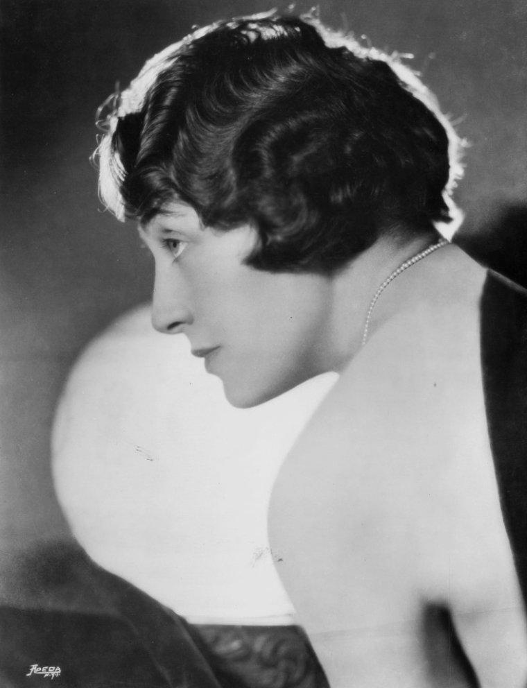 Ann CODEE (5 Mars 1890 / 18 Mai 1961)