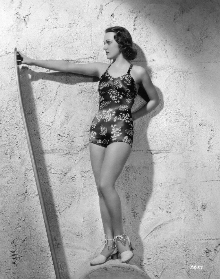 Dorothy ARNOLD (21 Novembre 1917 / 13 Novembre 1984) (photo N.B. 1941)