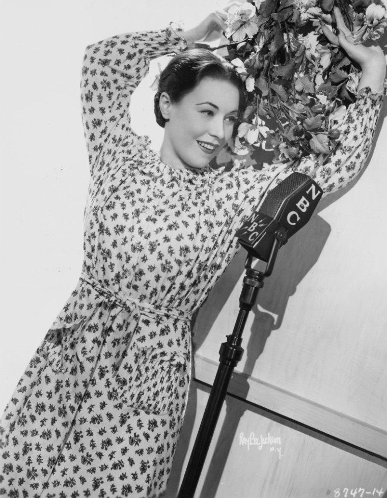 Julie BENELL (11 Juin 1905 / 1982)