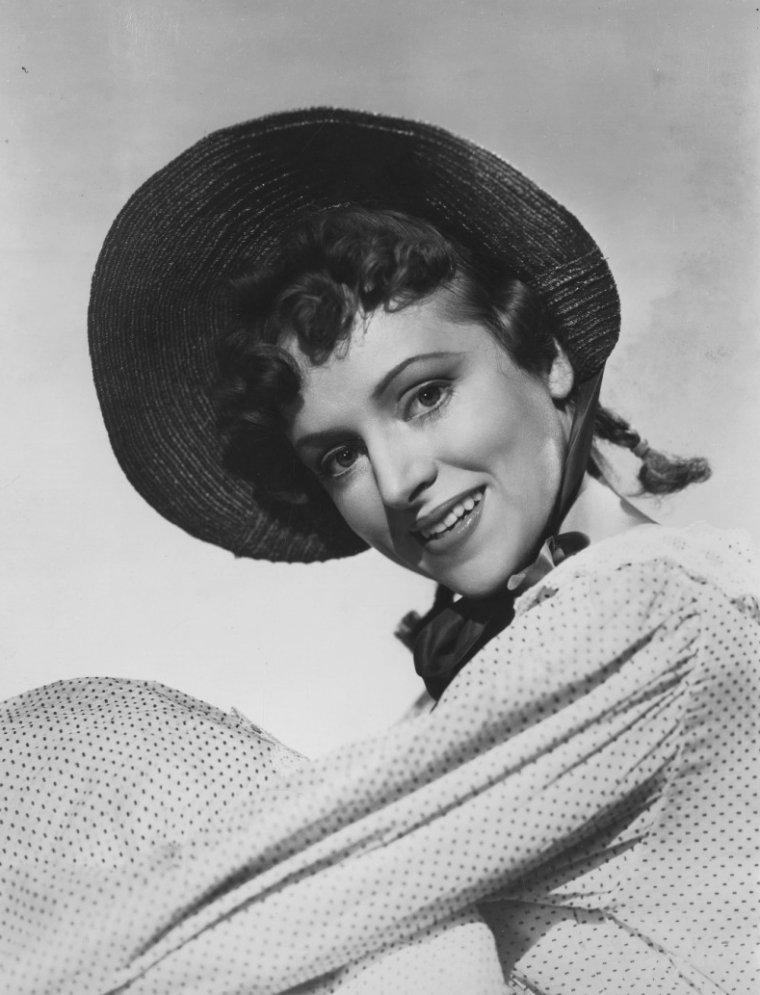 Loretta WEAVER (15 Juillet 1911 / 10 Décembre 2007)