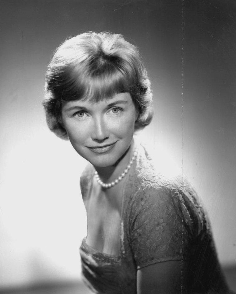 Phyllis AVERY (14 Novembre 1922 / 19 Mai 2011)