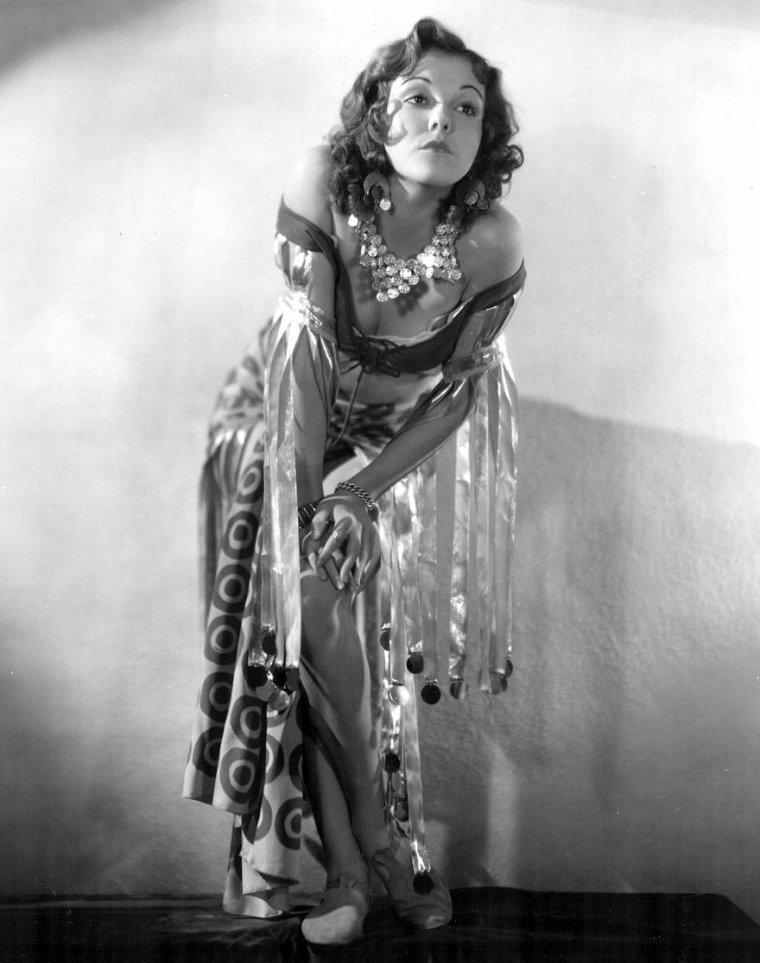 Dorothy LEE (23 Mai 1911 / 24 Juin 1999)