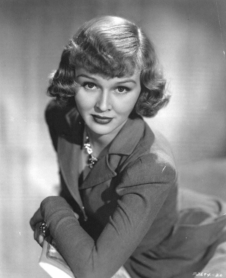 Leila ERNST (28 Juillet 1922)