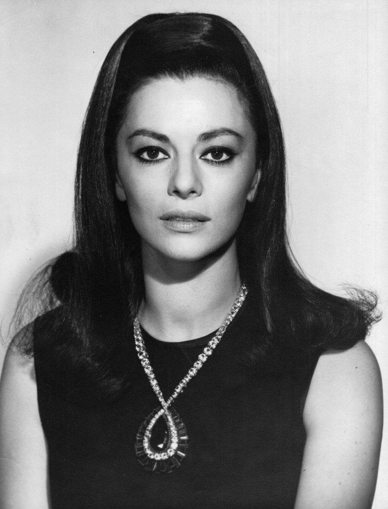 Giovanna RALLI (2 Janvier 1935)