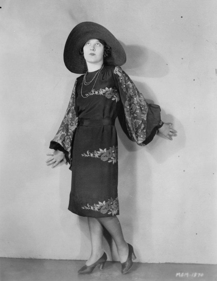 Estelle CLARK (7 Mai 1898 / 3 Décembre 1982)