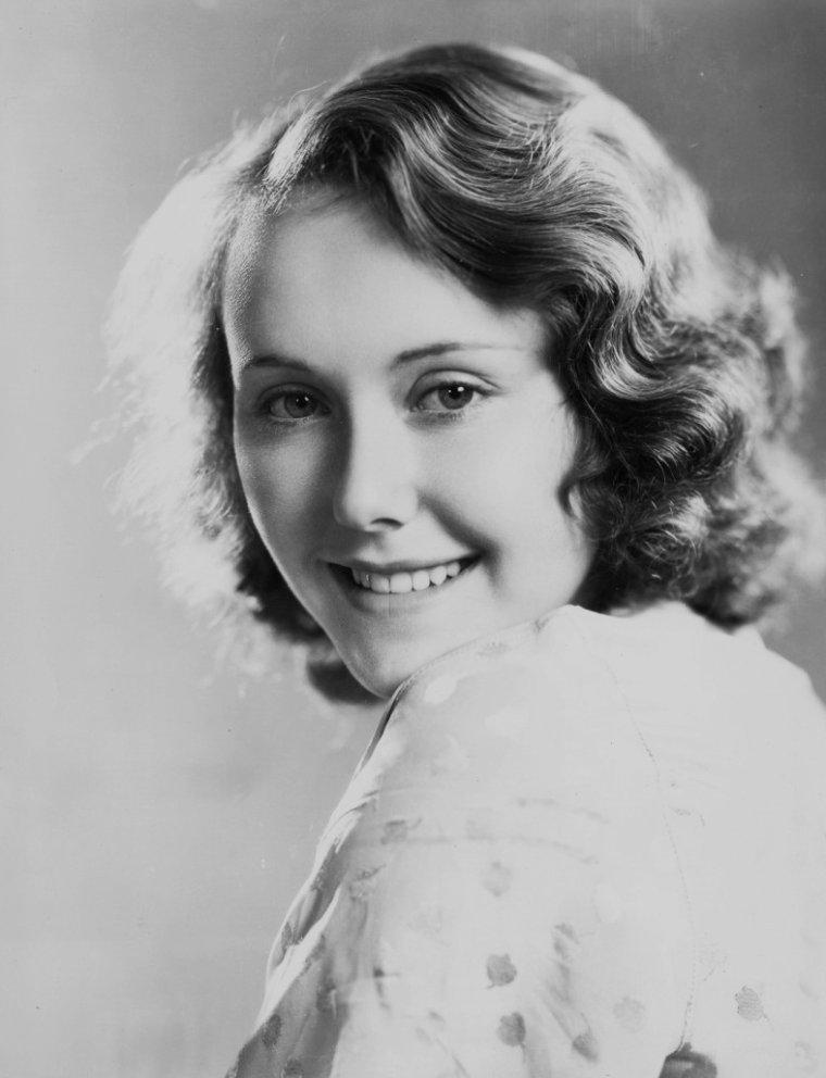 Joan CASTLE (26 Février 1916 / 3 Décembre 2009)