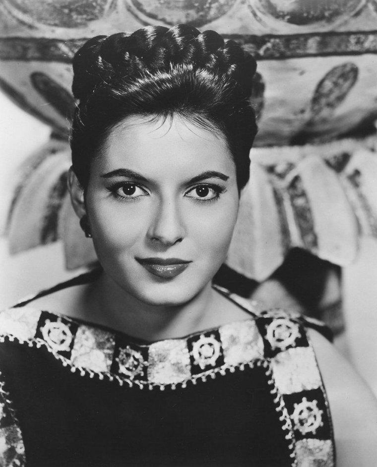 Elana EDEN (1er Mai 1940)