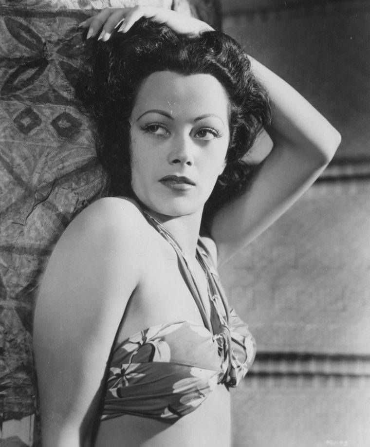 Inez COOPER (22 Mars 1922)