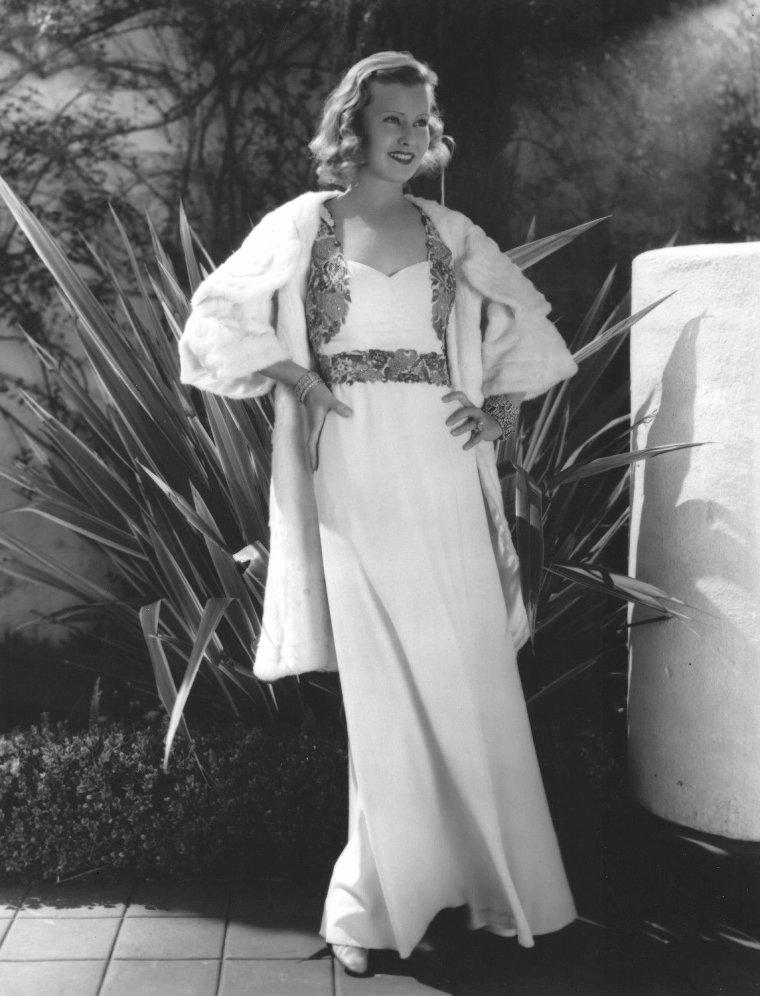 Lilian HARVEY (19 Janvier 1906 / 27 Juillet 1968)