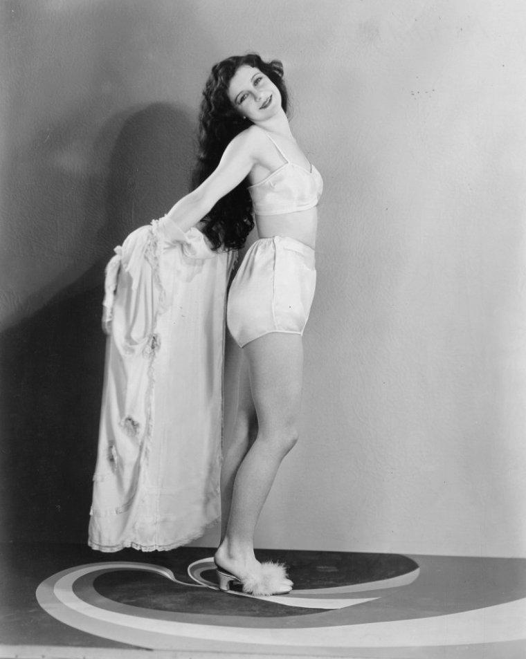 Joyce MURRAY (31 Janvier 1911)