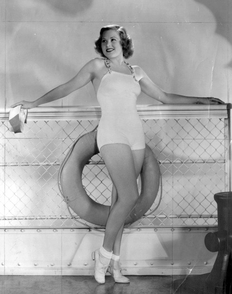 Esther BRODELET (7 Décembre 1906 / 21 Décembre 1989)
