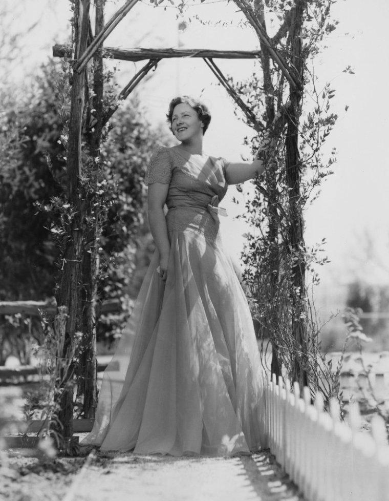 Fay HOLDEN (26 Septembre 1893 / 23 Juin 1973)